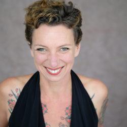 Julia tantra bdsm massage koeln lisboa